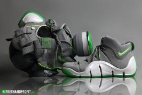 _Nike Zoom Lebron IV Dunkman Gas Mask88 (3)