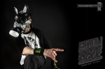 _RickThorne_SneakerGasMask01