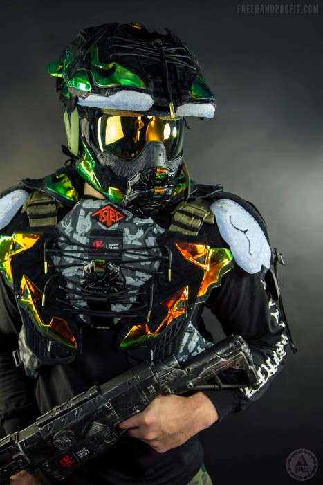 """Lebron XI """"Kings Crown"""" EXT Master Chief Helmet by Freehand Prof"""