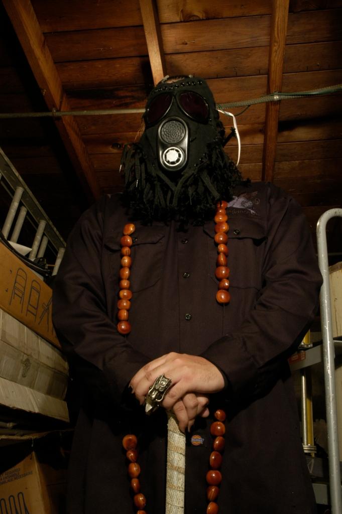 Black Chucks Gas Mask 092