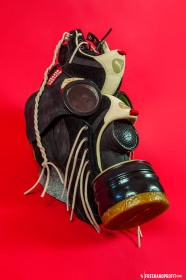 The 27th sneaker mask created by Freehand Profit. Made from 1 pair of Sneaker Freaker x Puma 'Bunyips'. Find out more about the work on FREEHANDPROFIT.com.