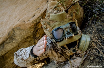 WEB 050 USMC Combat Book Gas Mask 10
