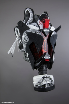 The 79th sneaker mask created by Freehand Profit. Made from 1 pair of custom Lebron 9 Freegums by ROM. Find out more about the work on FREEHANDPROFIT.com.