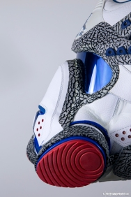 The 95th sneaker mask created by Freehand Profit. Made from 1 pair of size 17 Air Jordan True Blue IIIs, commissioned & owned by Everlast. Find out more about the work on FREEHANDPROFIT.com.