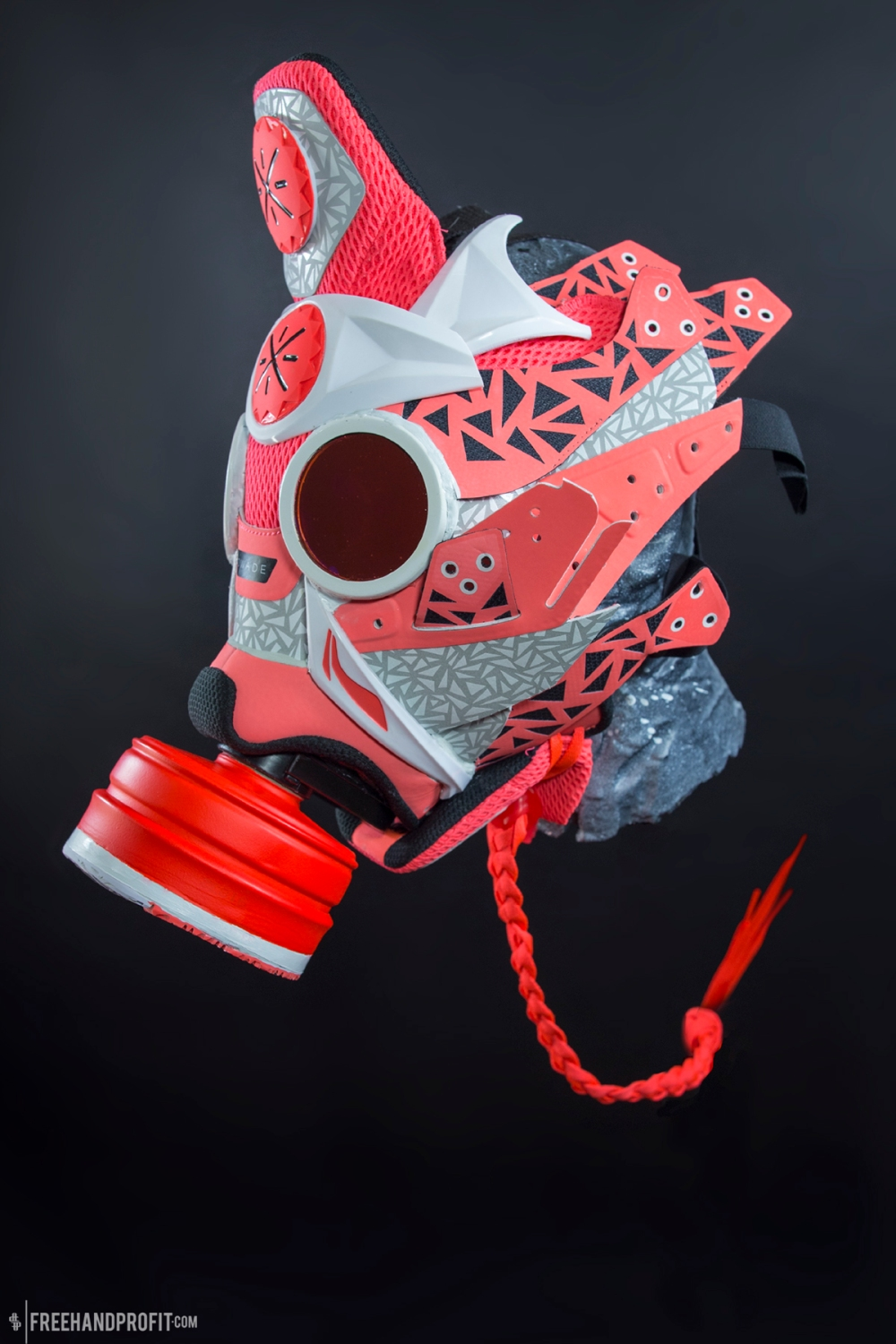"Li-Ning Way of Wade 4 ""Christmas"" Gas Mask by Freehand Profit"