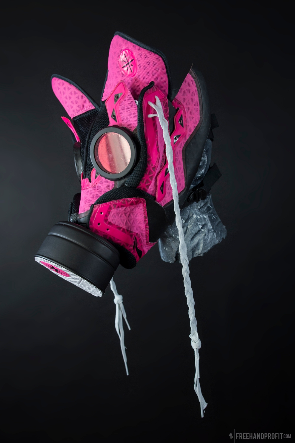 Miami Rose WoW3 Gas Mask by Freehand Profit