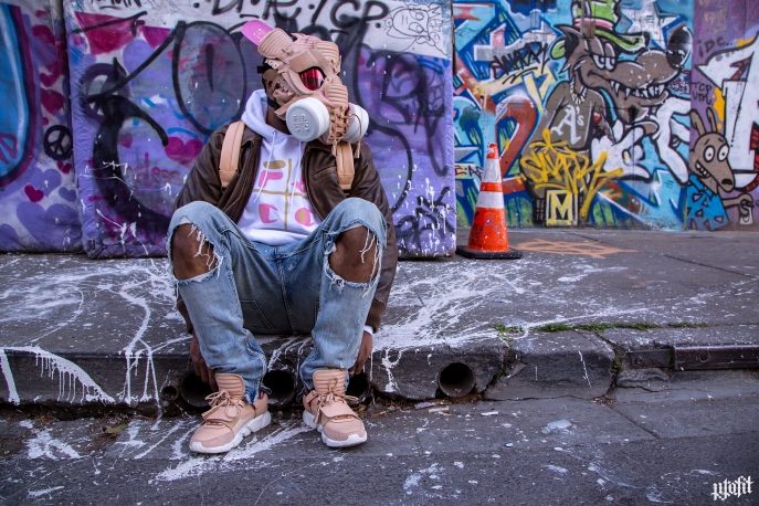 The 177th sneaker mask created by Freehand Profit. Made from 2 pairs of VV1s by FBCC. Find out more about the work on FREEHANDPROFIT.com.