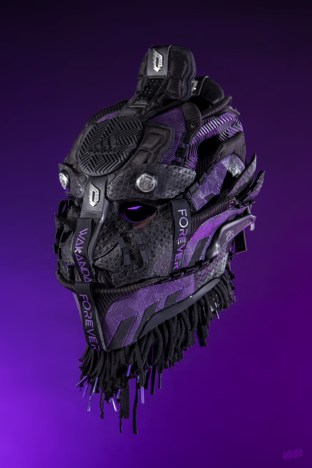 Black Panther sneaker mask by Freehand Profit